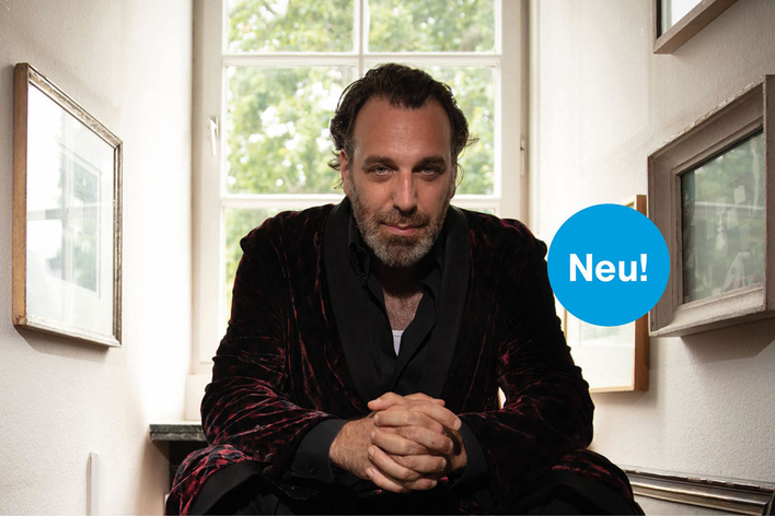 Chilly Gonzales presented in PianoVision