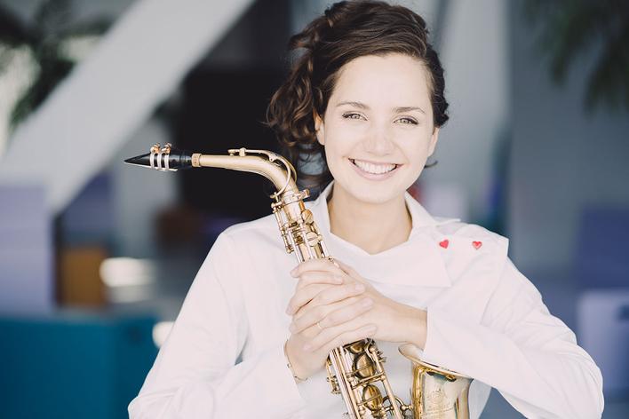 Asya Fateyeva, Saxophon   Stuttgarter Kammerorchester   Johannes Klumpp, Leitung