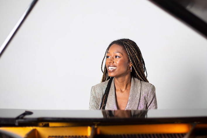 Isata Kanneh-Mason, Klavier