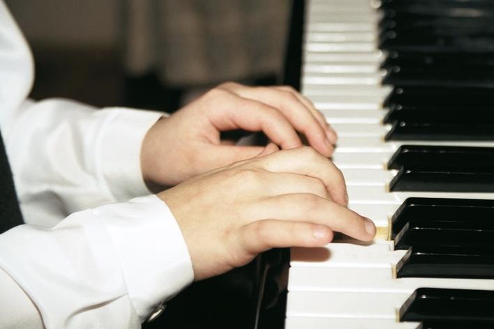 Junge Meisterpianisten der russischen Schule